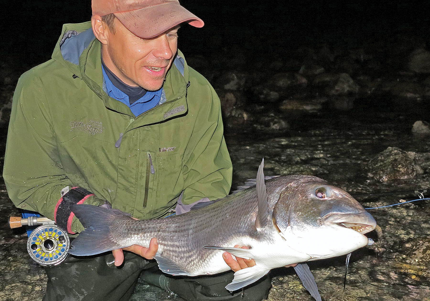 Mike Gradidge with a white musselcracker caught on fly